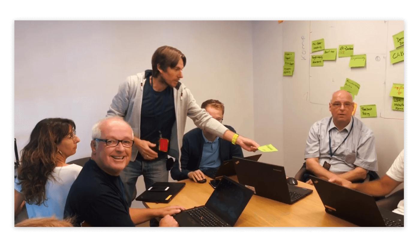 Hackathon: Arbeit in Gruppen
