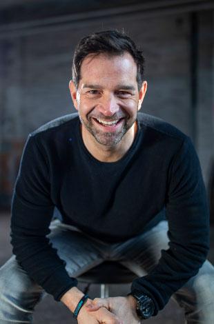 Sven Zuschlag - CEO
